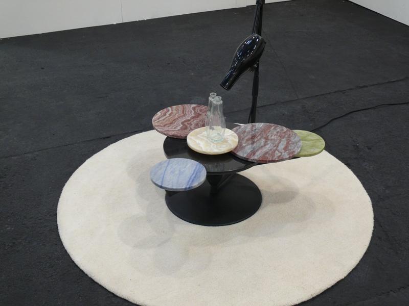 Alessandro SciaraffaNatura morta con pavone, 2009tecnica mista - dimensioni variabiliimmagini da galleria ALBERTO PEOLA ARTE CONTEMPORANEA