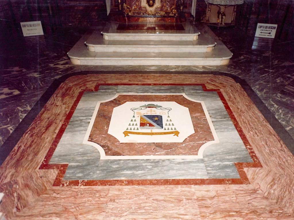 Cattedrale di Cuneo - Marmi policromi Piemontesi