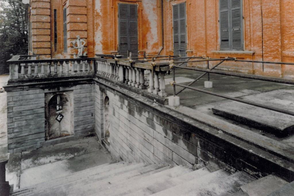 Castello di Racconigi, restauro dello scalone Nord Terrazzo prima del restauro
