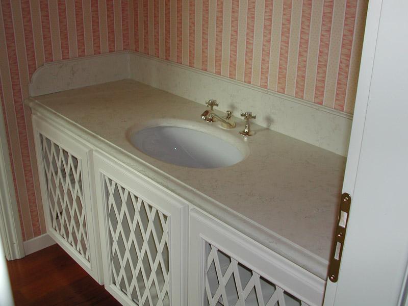 Piano lavabo in biancone anticato