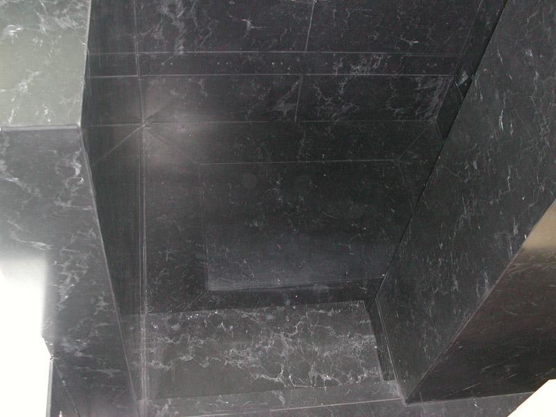 Piatto doccia in nero Piemonte